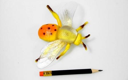 Gummi Insekt Biene Maja Geocache