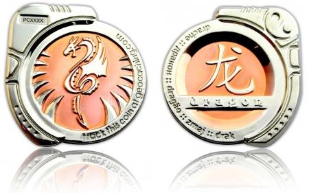 Dragon Geocoin Poliertes Kupfer / Poliertes Silber XLE