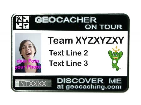 Trackbares Geocaching Namensschild schwarz mit Foto / Signal the Frog