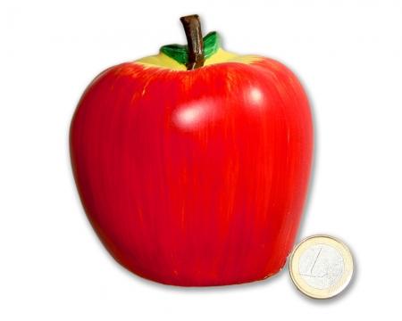 CacheQuarter Tarnfix Geocaching Versteck Apfel Größenvergleich